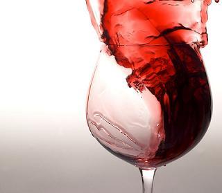 propiedades-del-vino-tinto-y-el-jugo-de-uva.jpg