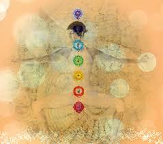 cómo funcionan los chakras